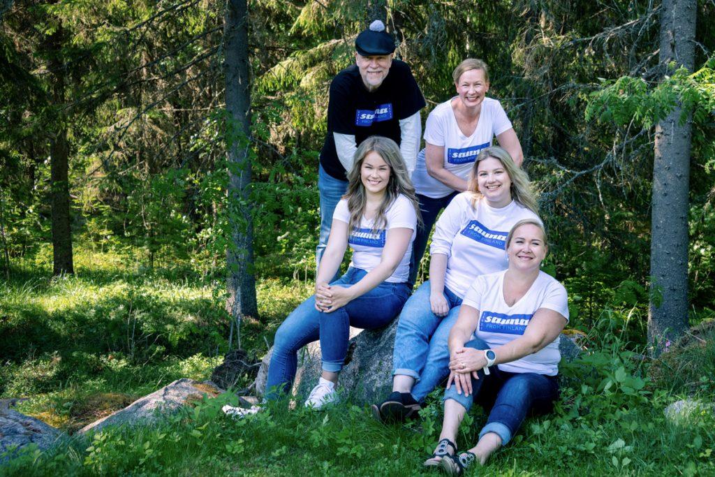 Sauna From Finland - Ryhmäkuva jäsenistä - Yrityskuvaus